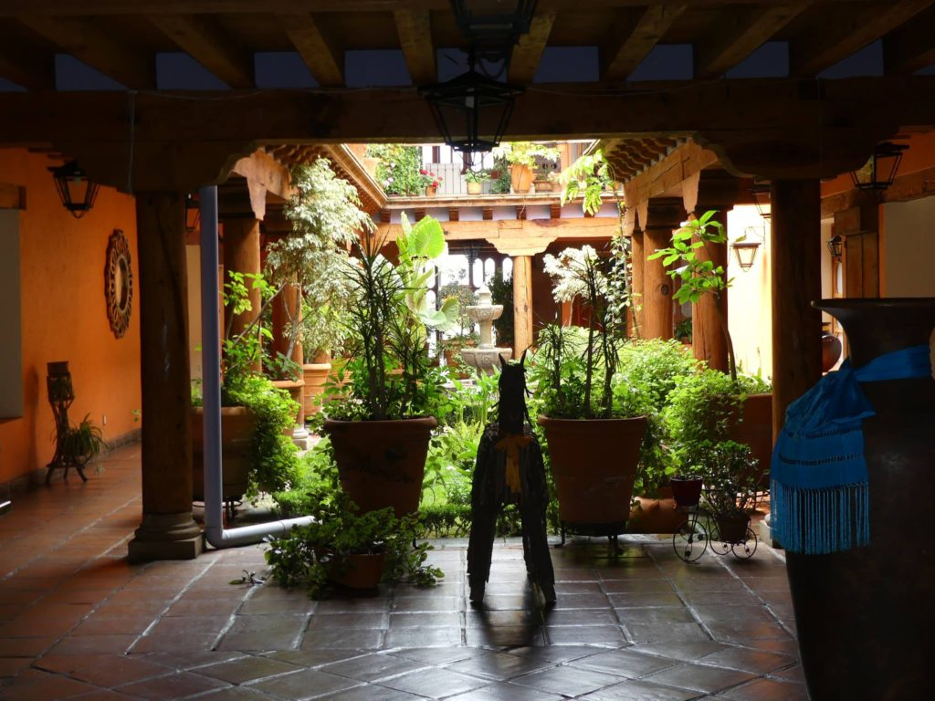 courtyard-of-our-hotel-pueblo-magico-in-patzcuaro