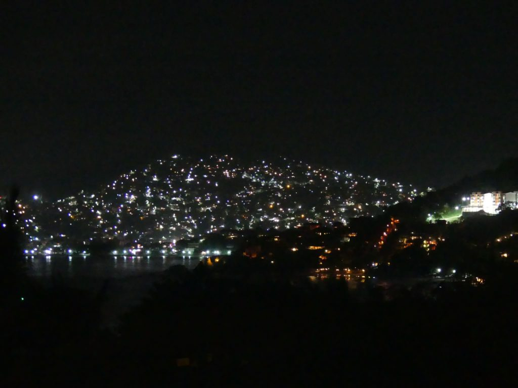 zihuatanejo-by-nigh