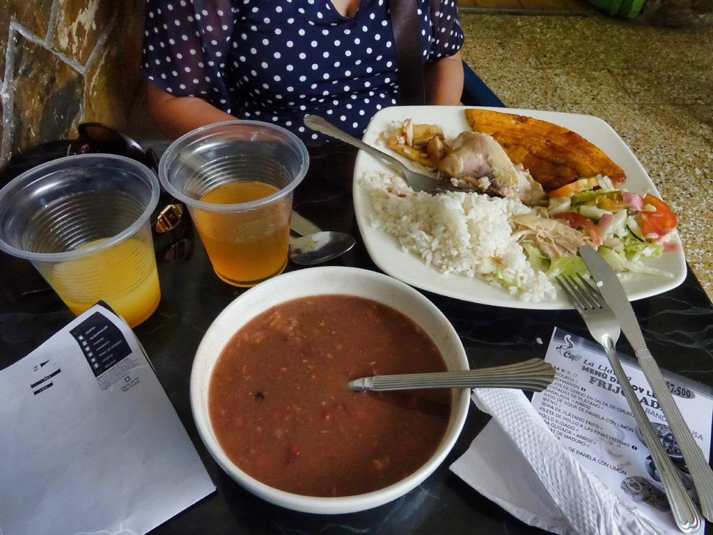 The Menu Del Dia included bean soup, a plate or chicken, rice, plantain, salad