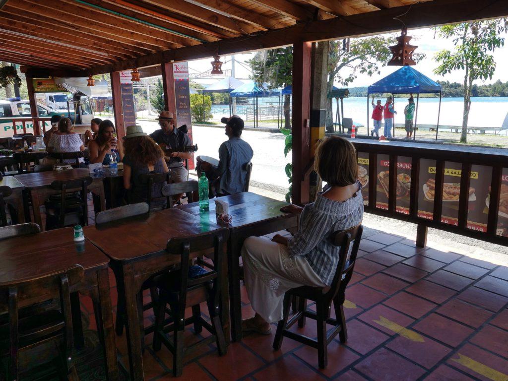Lakeshore Restaurant, live music